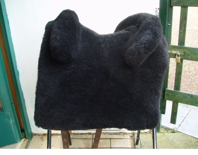 Lammfell Zalea für Startrekk Espaniola u Barocksattel kurzes Blatt runde Galerie, schwarz
