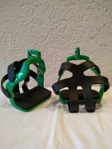 Podium Distanzsteigbügel für schmale Bügelriemen verschiedene Farben-grün - 90°gedreht