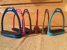 SONDERPREIS Steigbügel verschiedene Farben und Muster